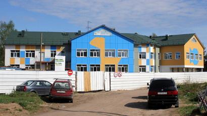 Детский сад в деревне Горка Муравьёвская растёт на глазах. Фото газеты «Вельские вести»