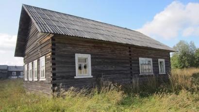 «Марьин дом» решили обустроить в старом здании Чакольской сельской библиотеки.