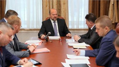 Во встрече губернатора и главы Коношского района приняли участие руководители министерств и ведомств правительства Архангельской области