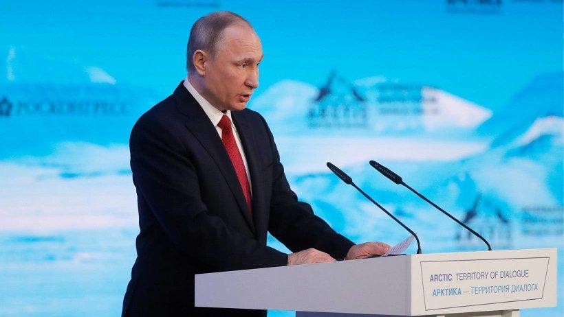 Путин раскрыл причину антироссийской истерии в США И прокомментировал воскресные протесты: «Помните «арабскую весну» и Украину»