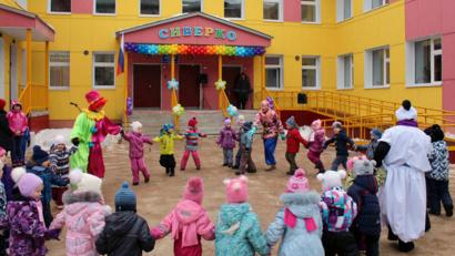 Детский сад «Сиверко» на 219 мест был открыт в Архангельске в марте прошлого года. Всего в 2015 году в Поморье было открыто девять детсадов