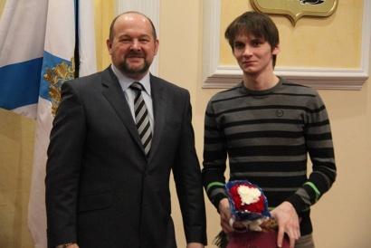 Игорь Орлов с чемпионом мира по судомодельному сорту Артемием Кононовым
