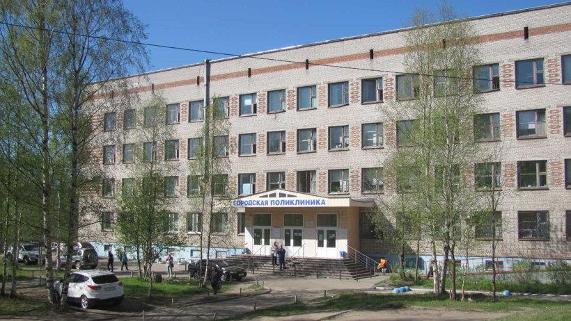Новодвинская больница постепенно преображается