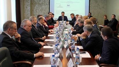 Участники круглого стола сошлись во мнении, что работа по обеспечению древесиной должна быть выстроена в прозрачном и понятном для всех режиме
