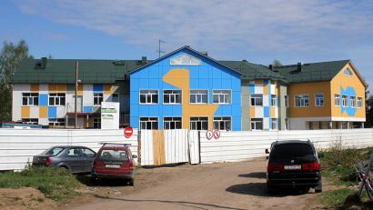 В Горке Муравьёвской строители ведут внутреннюю отделку. Фото газеты «Вельские вести»