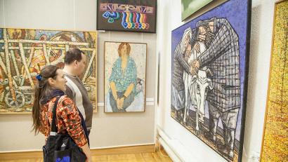 Работы, представленные на выставке, отражают состояние и тенденции отечественной художественной культуры