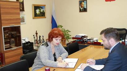 Любовь Анисимова и Николай Дедюрин подписали соглашение о сотрудничестве