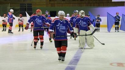 В этом году в ледовых баталиях, которые появились благодаря инициативе Президента России Владимира Путина, примут участие более 800 команд