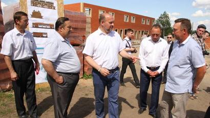 Глава региона отметил важность строительства социального жилья не только в крупных городах Поморья, но и в районах области