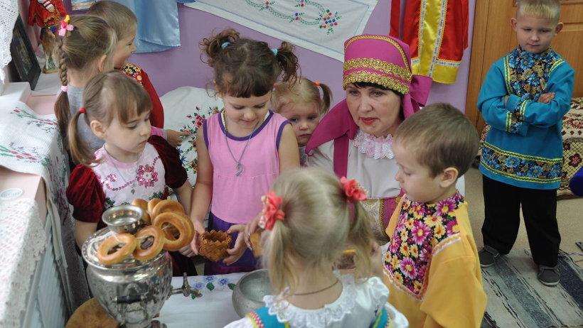 Тату на руке для девушек фото надписи на русском