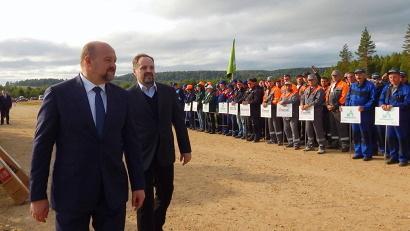 Встреча главы региона и министра природных ресурсов и экологии РФ с участниками всероссийских состязаний состоялась на лесной делянке