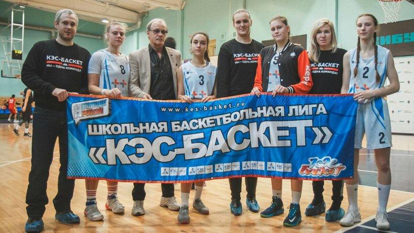 В составе команды «Факел» – Карина Аристова , Александра Репина, Софья Ковтун и Карина Лаврентьева