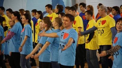 Правильно петь народные песни, отбивая при этом дробь и следя за северорусским произношением – это целая наука