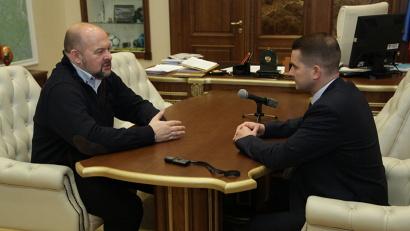 Губернатор Игорь Орлов и депутат Госдумы Ярослав Нилов обсудили общие задачи работы в интересах региона