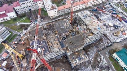Строительство центра должно завершиться в конце 2016 года