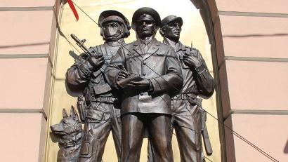 Барельефы станут символами правопорядка в столице Поморья и во всей Архангельской области
