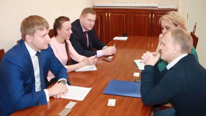 Министр экономического развития Семён Вуйменков и руководитель ФИЦКИА РАН Андрей Шеломенцев обсудили перспективные направления совместной работы