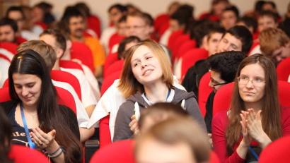 В  Архангельск приехали юные программисты из 42 регионов страны