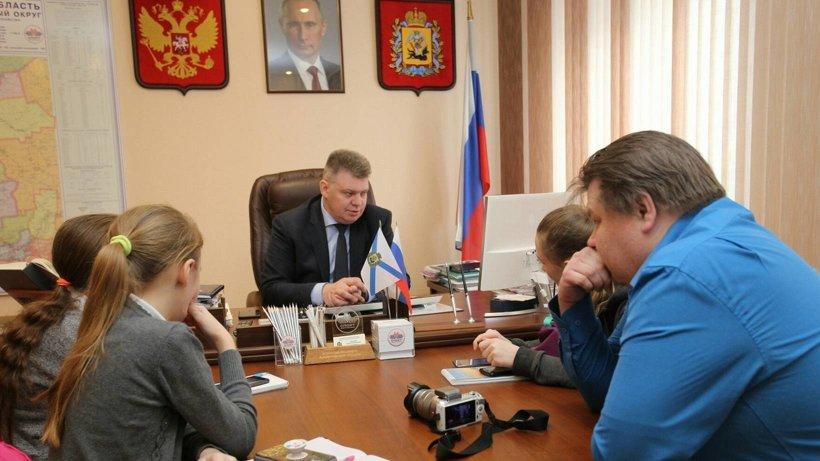 Руководитель агентства по спорту Андрей Багрецов встретился с юными журналистами