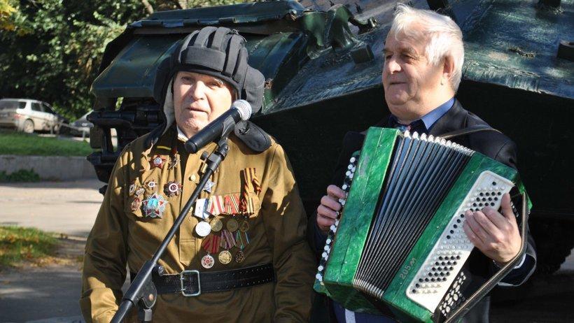 ВИжевске прошли праздничные мероприятия, приуроченные к Дню танкиста
