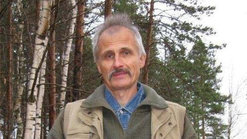 Николаю Гневашеву 56 лет, более тридцати из них он посвятил спасению от огня северных лесов