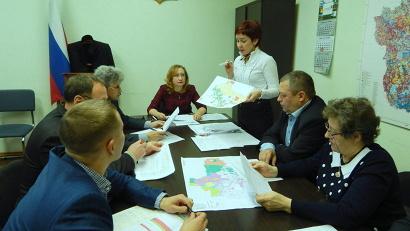 В составе комиссии – сотрудники минлеспрома и минагропрома региона, представители лесничеств и муниципалитетов, депутаты областного Собрания