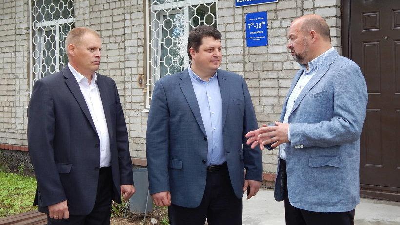 Игорь Орлов поддержал руководство Вельской ЦРБ и поручил региональному минздраву подготовить программу строительства новых больничных корпусов
