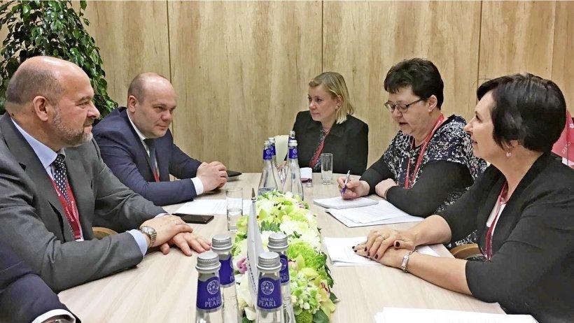 Стороны обсудили будущее культурное и деловое сотрудничество