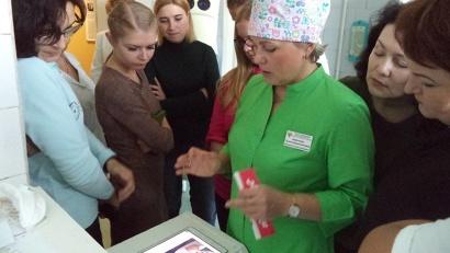 Фтизиатры Мурманска, Коми и Карелии на экскурсии в северодвинской больнице. Фото: пресс-служба СГБ-1