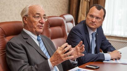 По словам доктора Циннера, несмотря на определённые сложности на внешних рынках, АЦБК успешно развивается