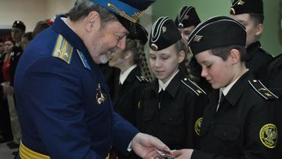 В ряды юнармейцев в Архангельской области уже вступили около 300 школьников