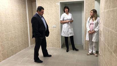 Министр обсудил с главным врачом планы по дальнейшему обновлению больницы