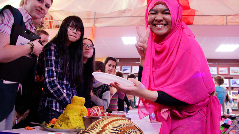 Фестиваль культур стал пространством, в котором каждый желающий смог прикоснуться к культурам других стран мира