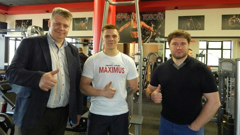 Андрей Багрецов посетил в Няндоме новый спортклуб, построенный за счет частных инвестиций
