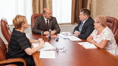 Губернатор Игорь Орлов обратил внимание главы Пинежского района на стратегию развития территории