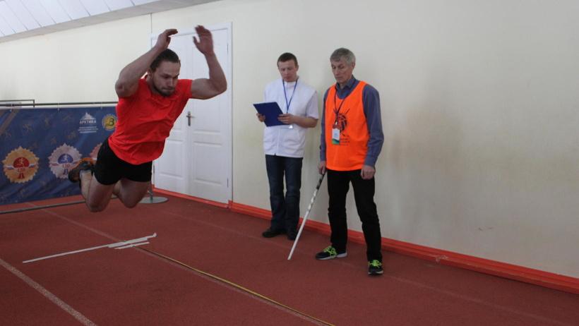 Местом проведения фестиваля стал легкоатлетический манеж стадиона «Труд»
