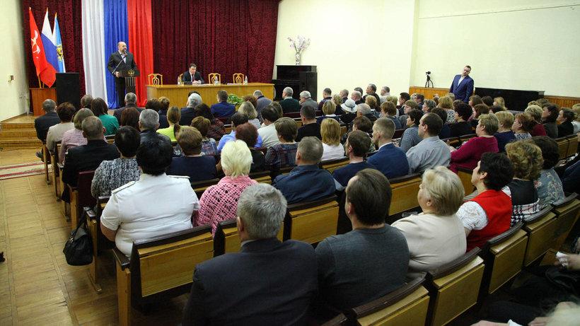 Игорь Орлов обсудил с представителями общественности ключевые темы для Коношского района
