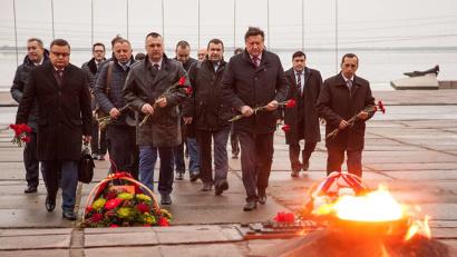 Представители Архангельской области и Республики Беларусь отдали дань уважения братским народам, защищавшим нашу Родину