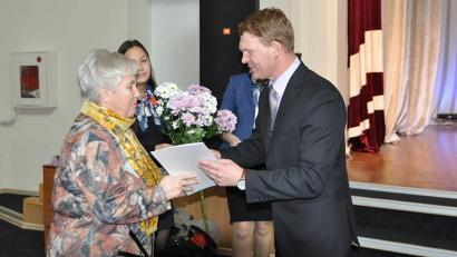 Сегодня в рядах педагогов Архангельской области около 12 тысяч человек