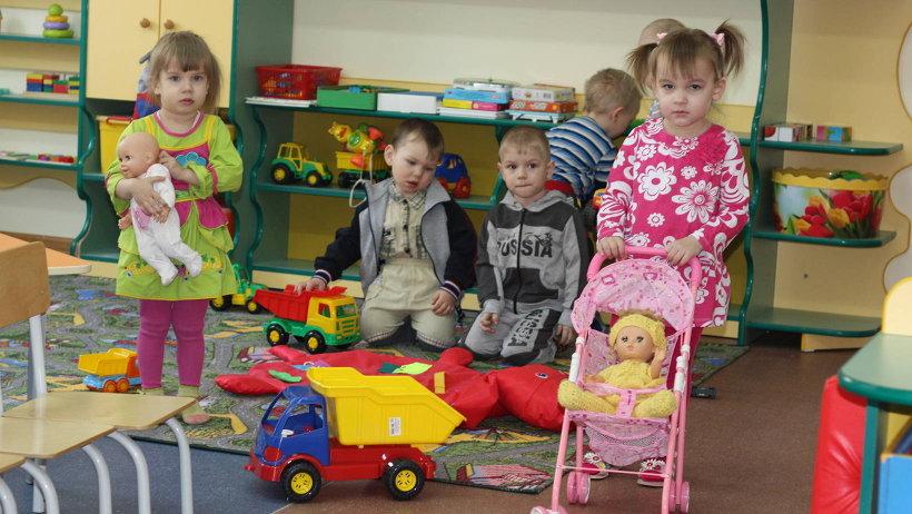 В новом детском саду расположены просторные спальные и игровые комнаты. Фото газеты «Маяк»