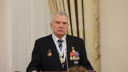 Анатолий Громогласов трудится на благо Севера всю свою жизнь