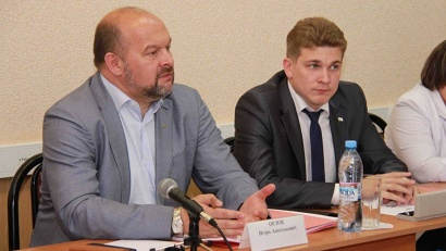 Врио губернатора Игорь Орлов и глава Вилегодского района Иван Дементьев