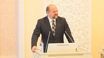 Глава региона ответил на вопросы депутатов, касающиеся основных положений отчёта