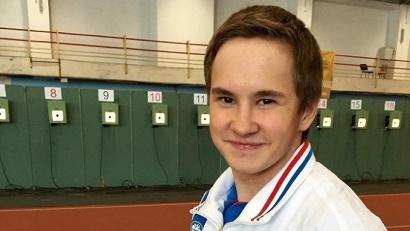 Михаил Исаков в составе сборной команды России стартовал на международных соревнованиях по пулевой стрельбе