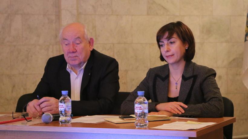 Председатель общественного совета по спорту Лев Тюкин и заместитель руководителя агентства по спорту Наталья Тельтевская