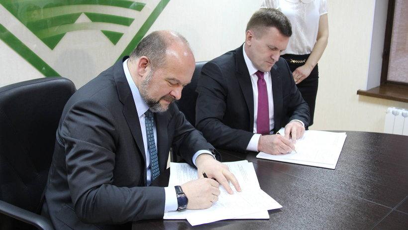 Одна из центральных задач рассчитанного на пять лет соглашения – улучшение состояния региональных автомобильных дорог в Устьянском районе