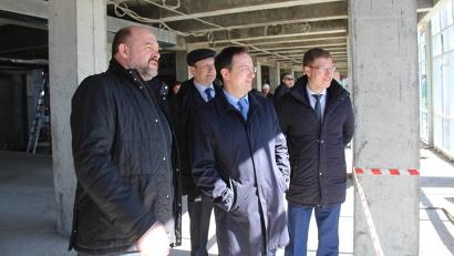 Владимир Мединский оценил ход реконструкции театра кукол