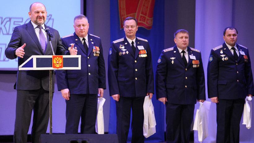 Губернатор Игорь Орлов принял участие в пятнадцатой церемонии награждения победителей конкурса «Офицер года»