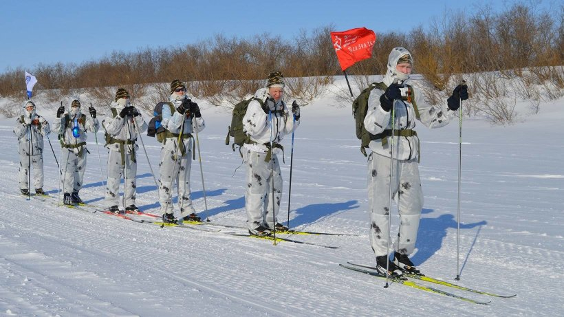 Участники похода на маршруте