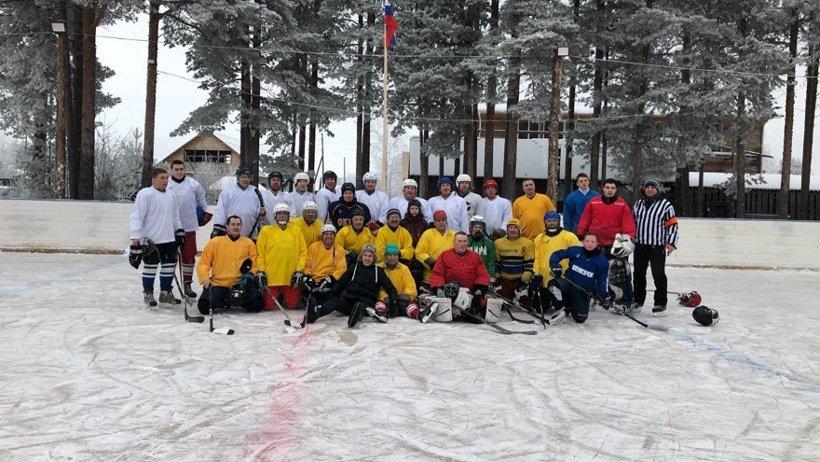 В товарищеском матче встретились команды Наводово и Ровдино